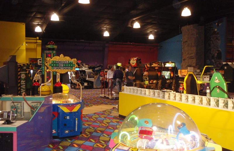 Arcade - Funopolis Family Fun Center
