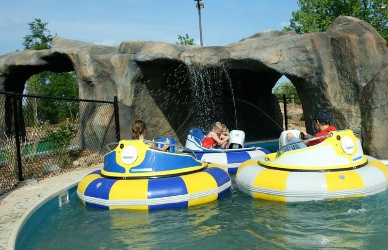 Bumper Boats - Funopolis Family Fun Center